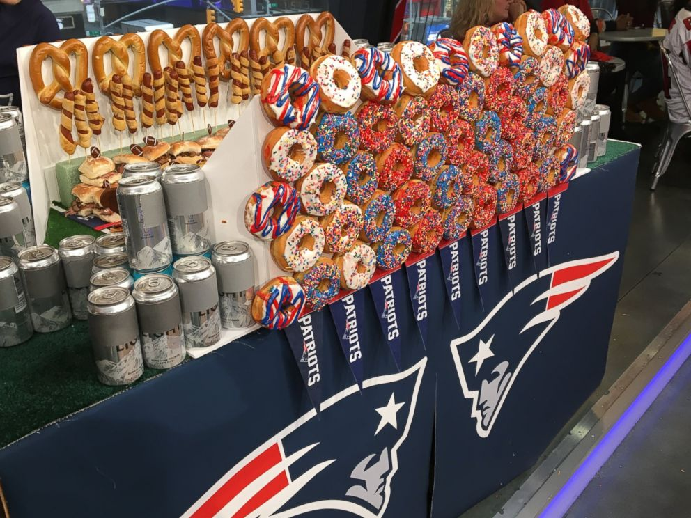 PHOTO: Get inspiration to build your own ultimate, edible snack football stadium with a Falcons-theme or Patriots-theme stadium from Delish.com editors.