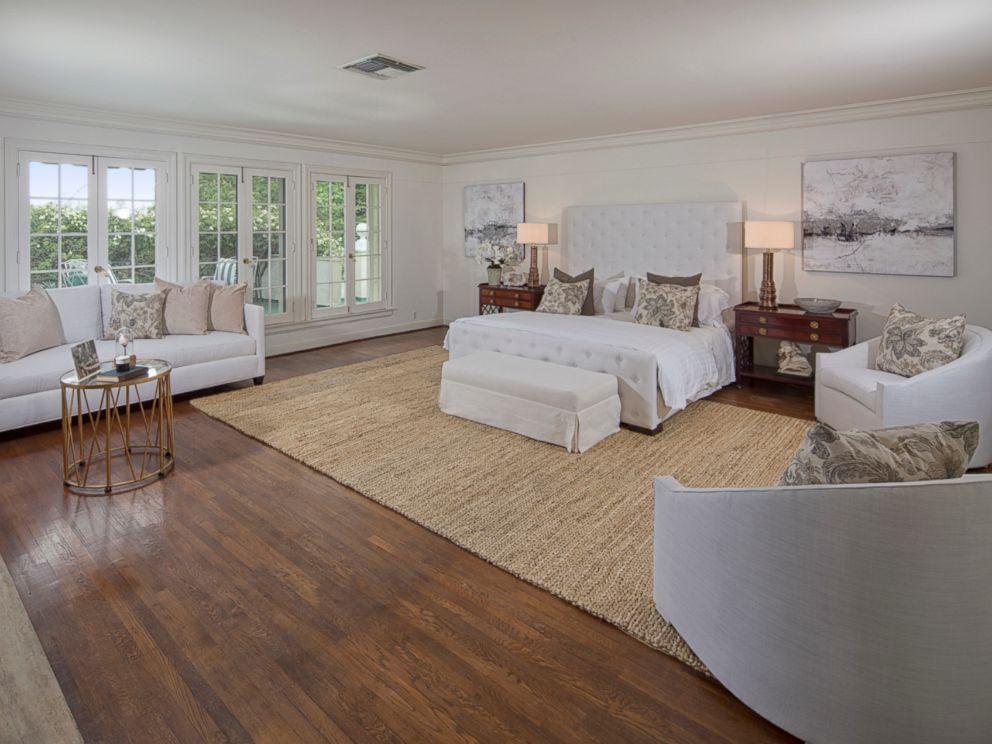 PHOTO: One of seven bedrooms inside Taylor Swifts $25 million mansion in Beverly Hills.