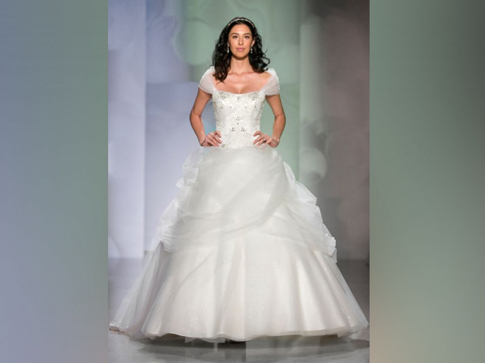 PHOTO Belle Anniversary Wedding Dress