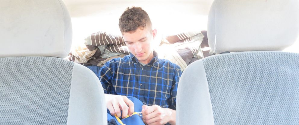 PHOTO: College Student Lives Out of Car Freshman Year, Now Graduating Early