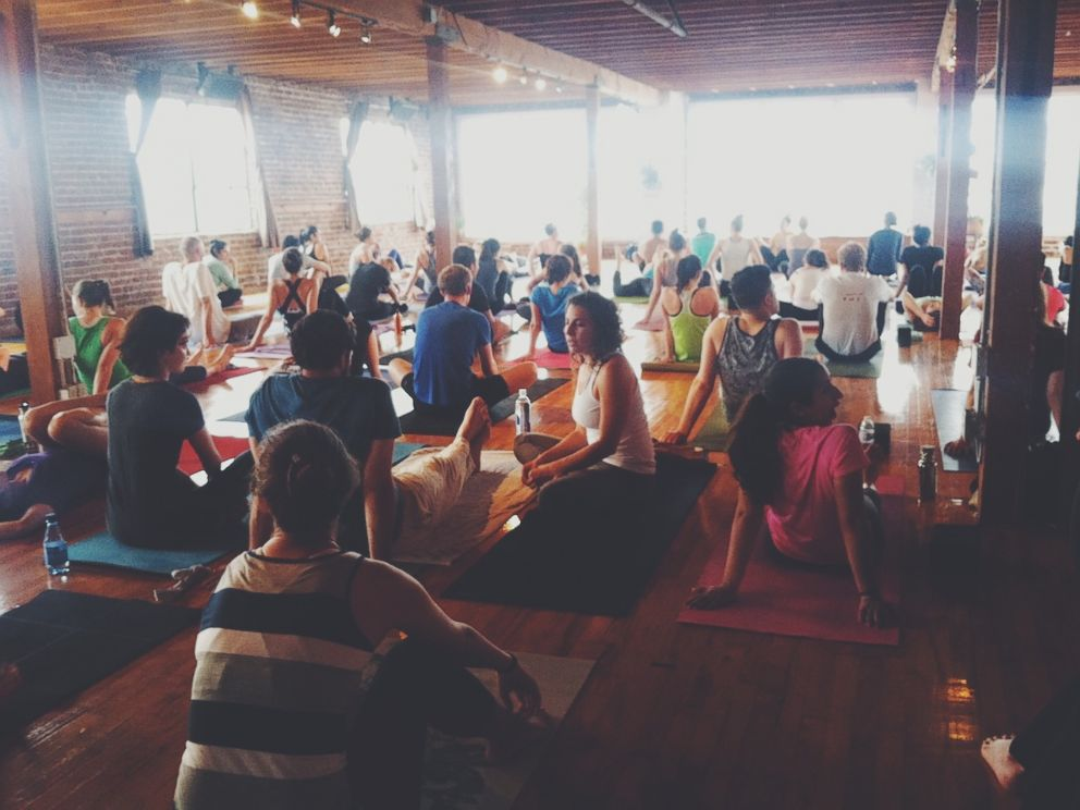 PHOTO: One of Elise Morenos dates happened at a Yoga to the People class in San Francisco.