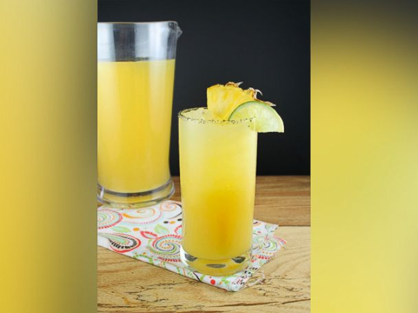PHOTO: The Miss in the Kitchen blog created a pineapple margarita recipe, pictured here.