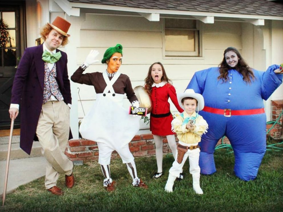 photo the halloween costumes michelle rogers family puts together will cause some serious costume envy