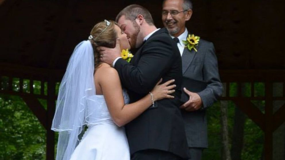 Jeremy Stamper said his wife Justice lost the memory of their wedding day.