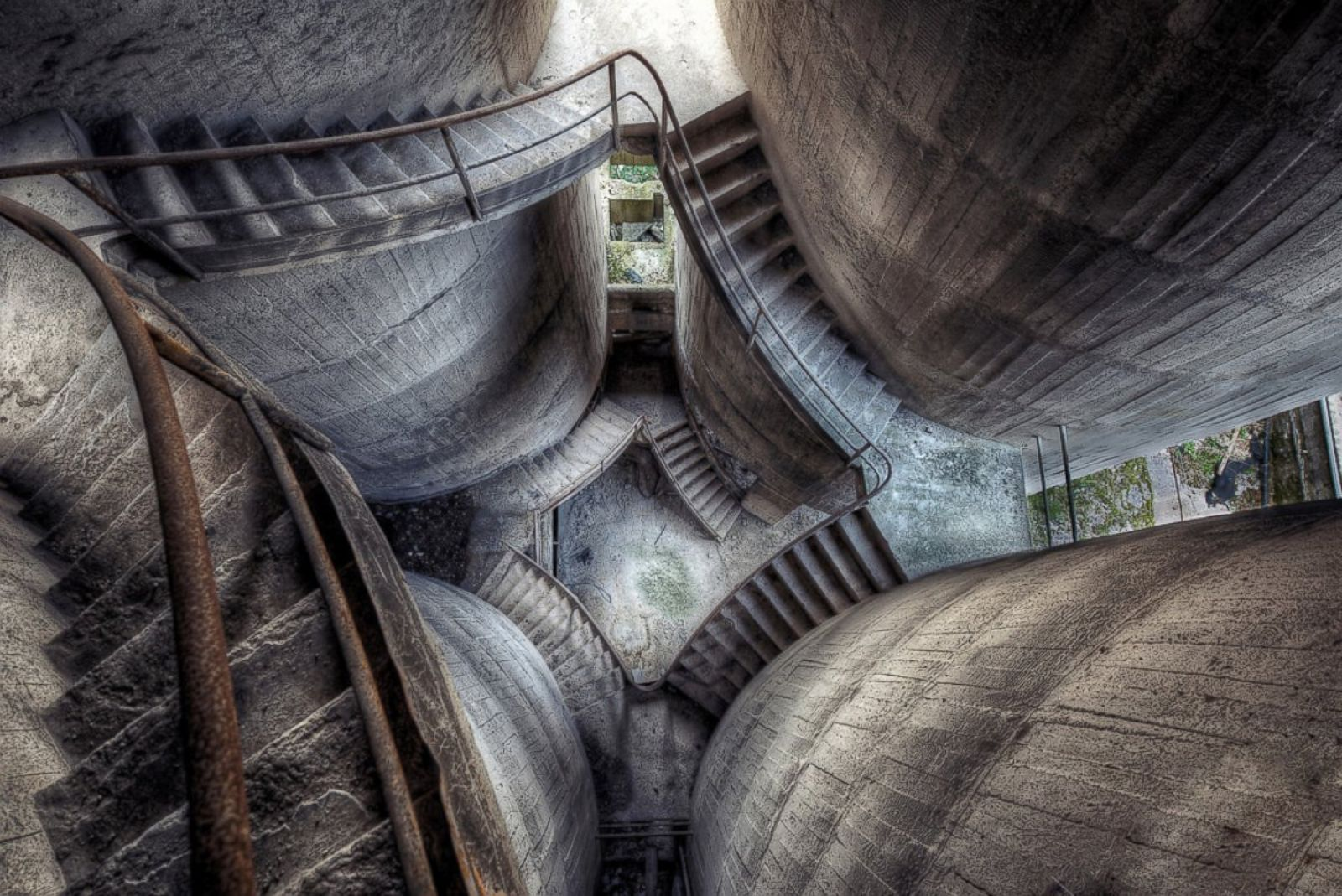Images Of These Abandoned Places Will Give You Chills Photos Abc News