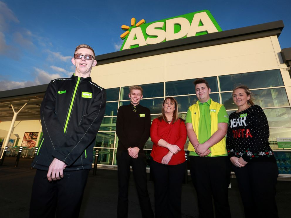 PHOTO: Tom Stephens, left, finally landed a job at Asda, a grocery store chain in the U.K., after 950 rejections.
