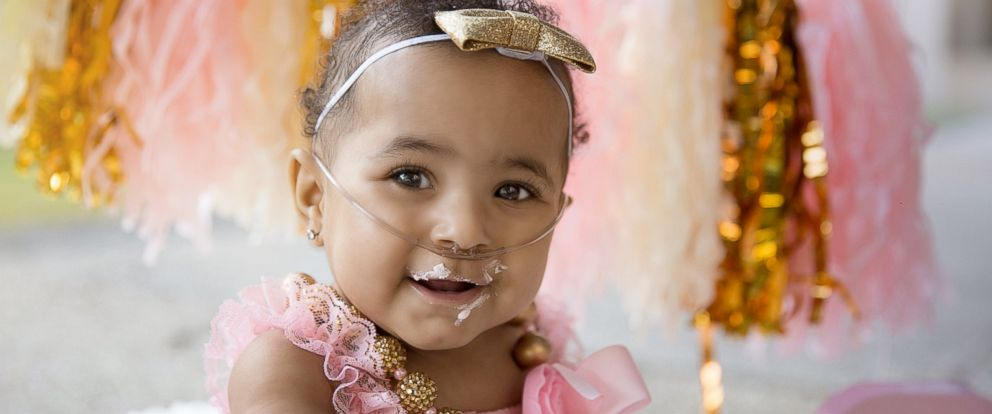 PHOTO: Ajshay James daughter Harper, born at 23 weeks old, celebrates first birthday with glam photo shoot.