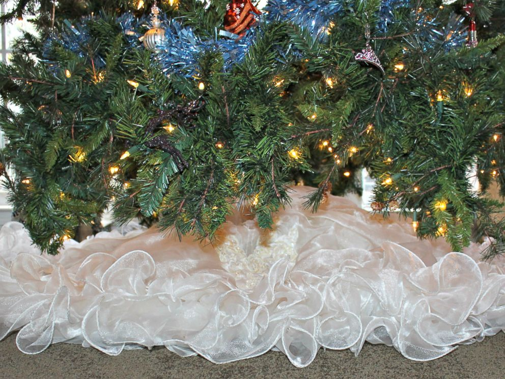 photo tess heidelberger of mauldin south carolina turned her 1980s wedding dress - Cheap Christmas Tree Skirts