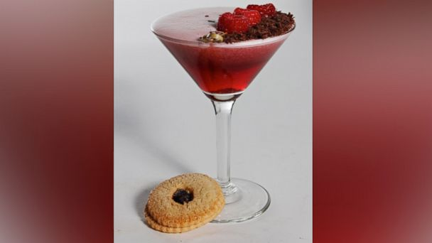 PHOTO: Linzer Cookie Cocktail.