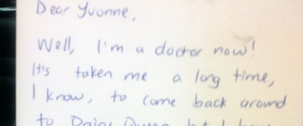 PHOTO: The note Yvonne Lavasidis received from one of her former Dairy Queen employees.