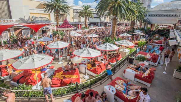 Photo March 6 Encore Beach Club Hottest Las Vegas Pool Party Dates Announced For 2017 Abc News