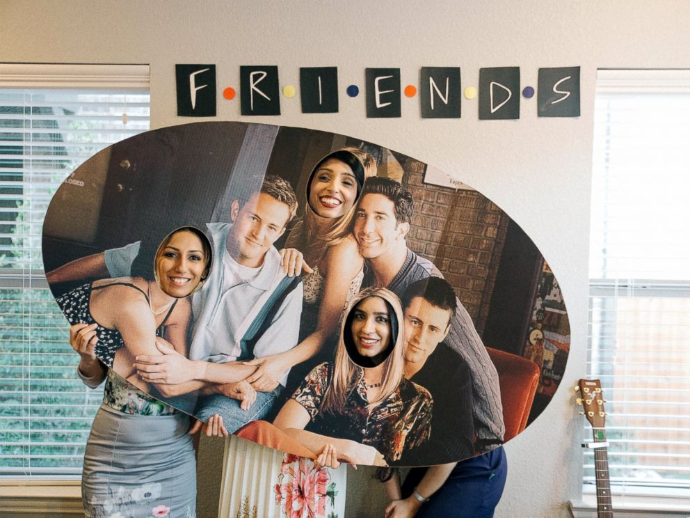 PHOTO: This bride-to-bes closest friends and family threw her an elaborate Friends-themed bridal shower.
