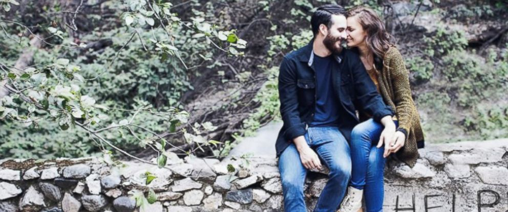 PHOTO: Jessie Caballero and Gus Renaud, of Los Angeles, were helped by strangers and celebrities after their SUV broke down on their way to their wedding in Seattle.