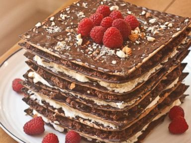 PHOTO 9 Layer No Bake Matzah Cake