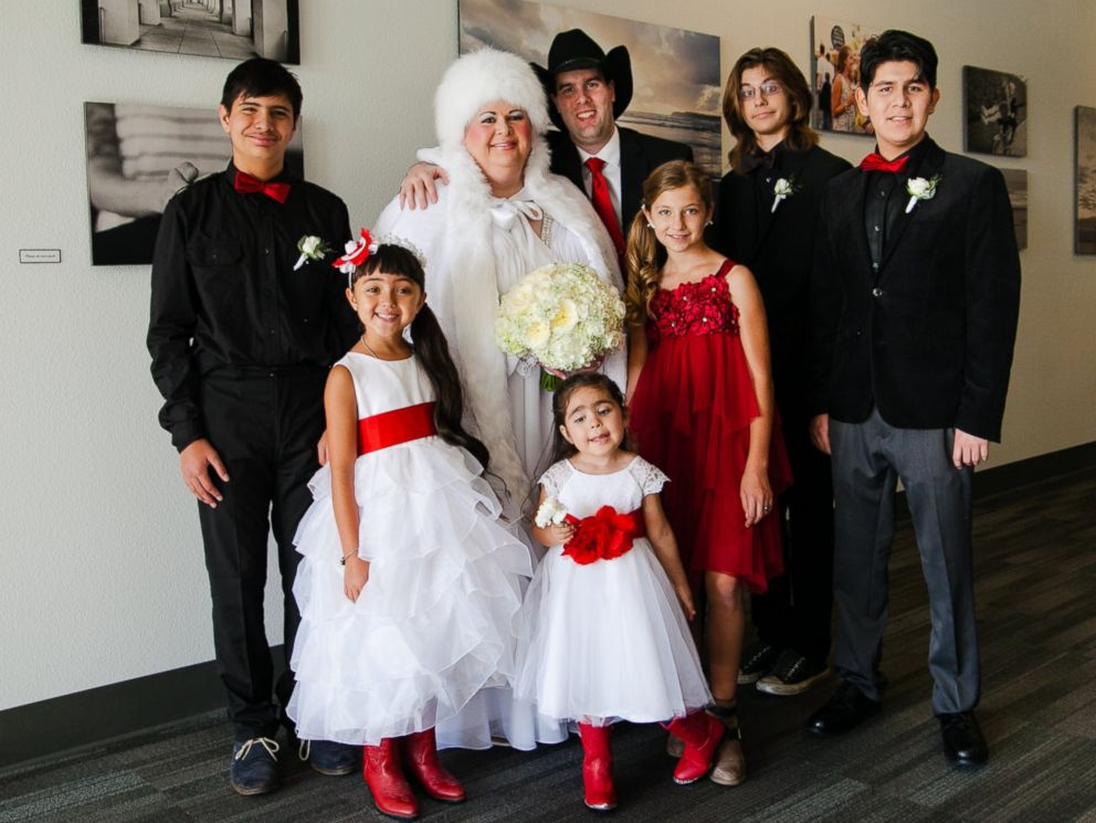PHOTO:Lesko and Nielsens had an all-autism wedding party.