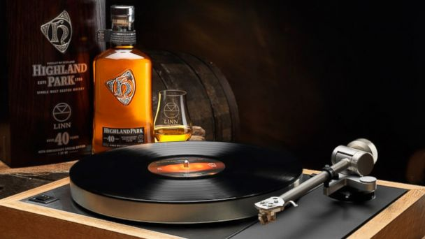 PHOTO: Highland Park Linn 40 Year Old Single Malt Whisky & Limited Edition Sondek LP12.