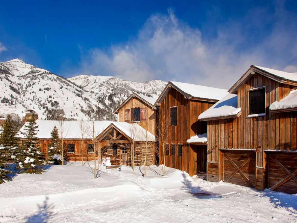 PHOTO: The Shooting Star cabin in Wilson, Wyoming is $1,100 per night for 14 guests.