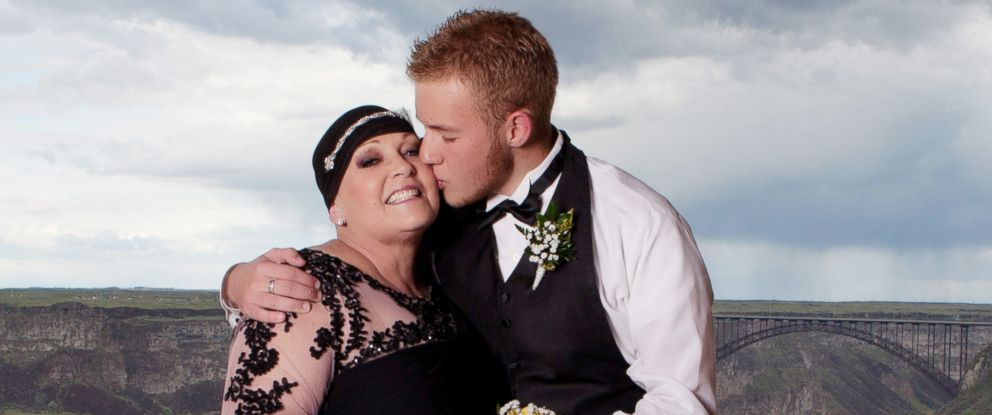 PHOTO: Dylan Huffaker, 17, of Twin Falls, Idaho, brought his mom Kerry to his high school prom on April 30, 2016, at Canyon Ridge High School.