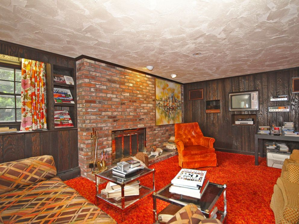 Groovy 1970s home for sale includes original funky for Unique homes for sale massachusetts