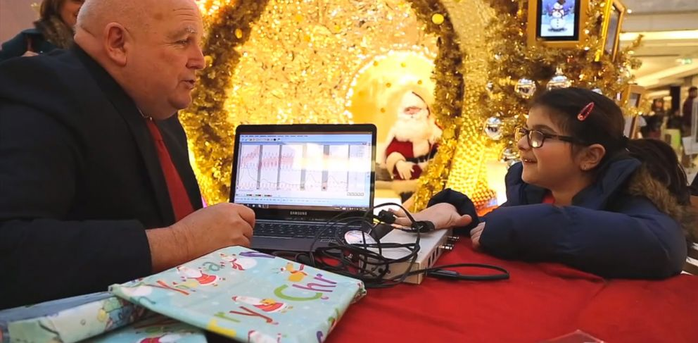 PHOTO: Londons Brent Cross Shopping Center puts kids to a polygraph tests before they meet with Santa.