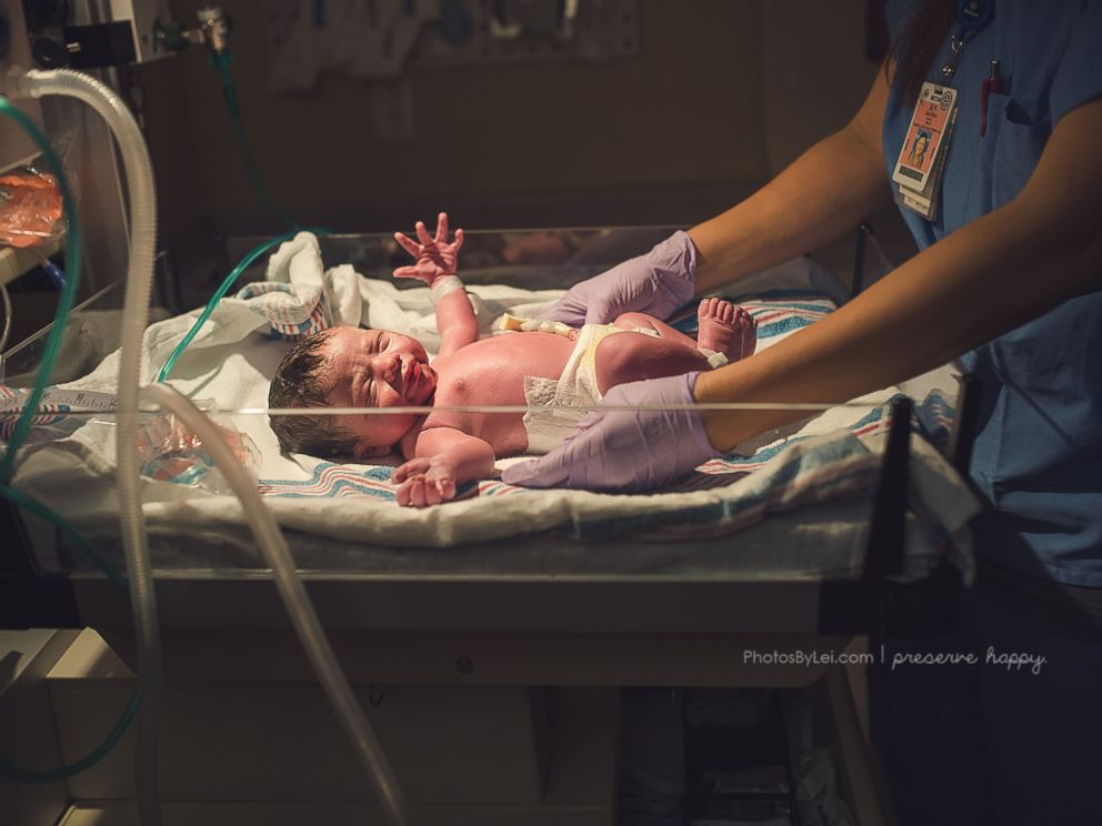 PHOTO: One mothers difficult journey to complete her family ends with the gift of surrogacy.