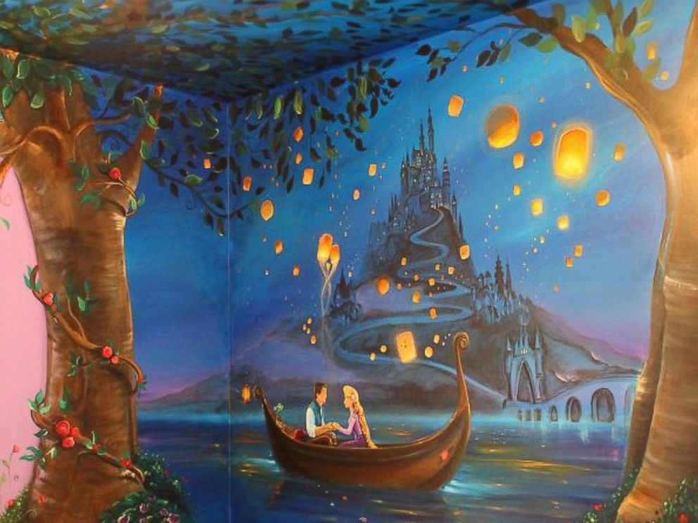 PHOTO: Jennifer Treece, of Michigan, painted a mural inspired by the Disney film Tangled on her 8-year-old daughters wall.