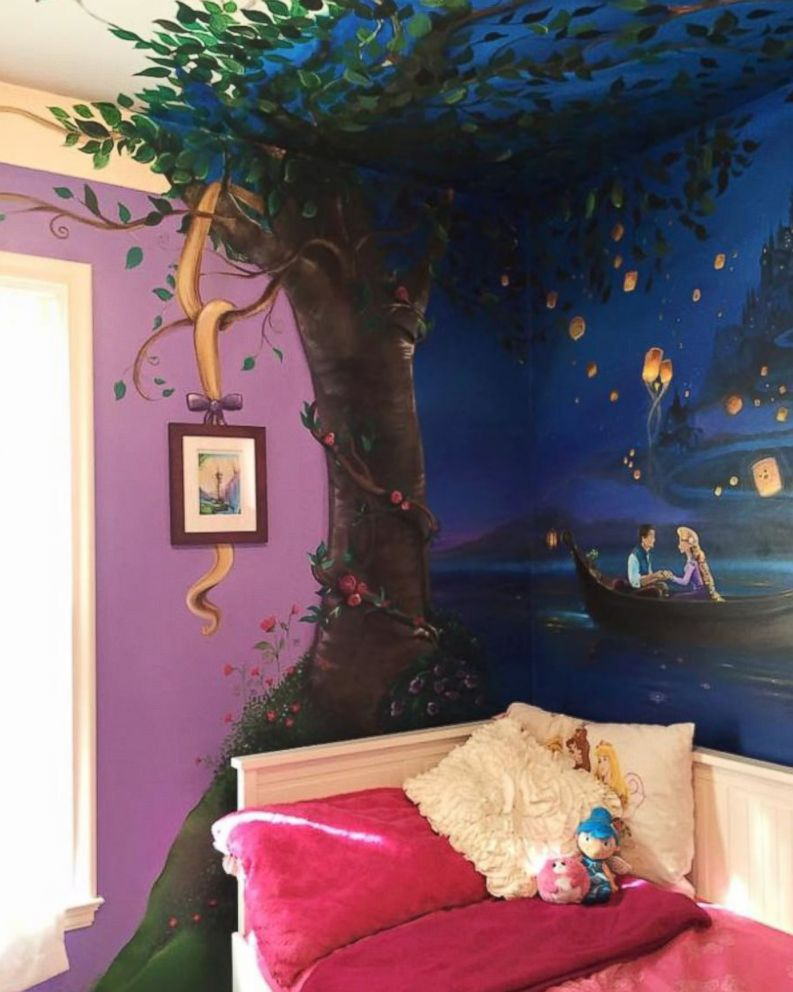 Mom Paints Mural Inspired By Tangled On 8 Year Old Daughter S Wall Abc News