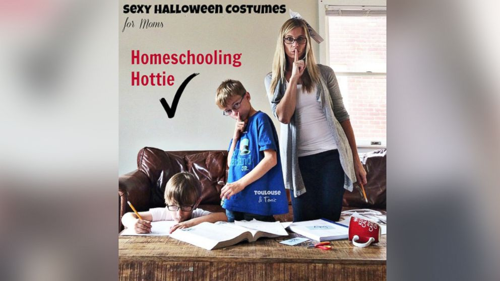 Hilarious Sexy Mom Costume Photo Series Pokes Fun At -4716