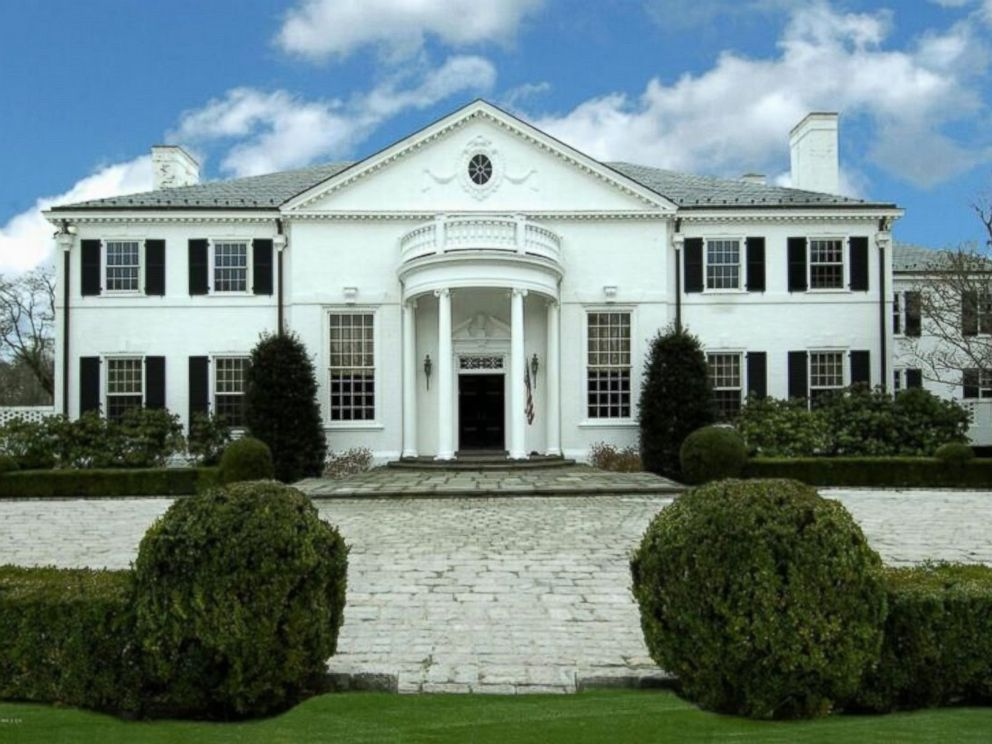 Photo A Georgian Colonial Donald Trumps Former Connecticut Mansion Was Built In 1939
