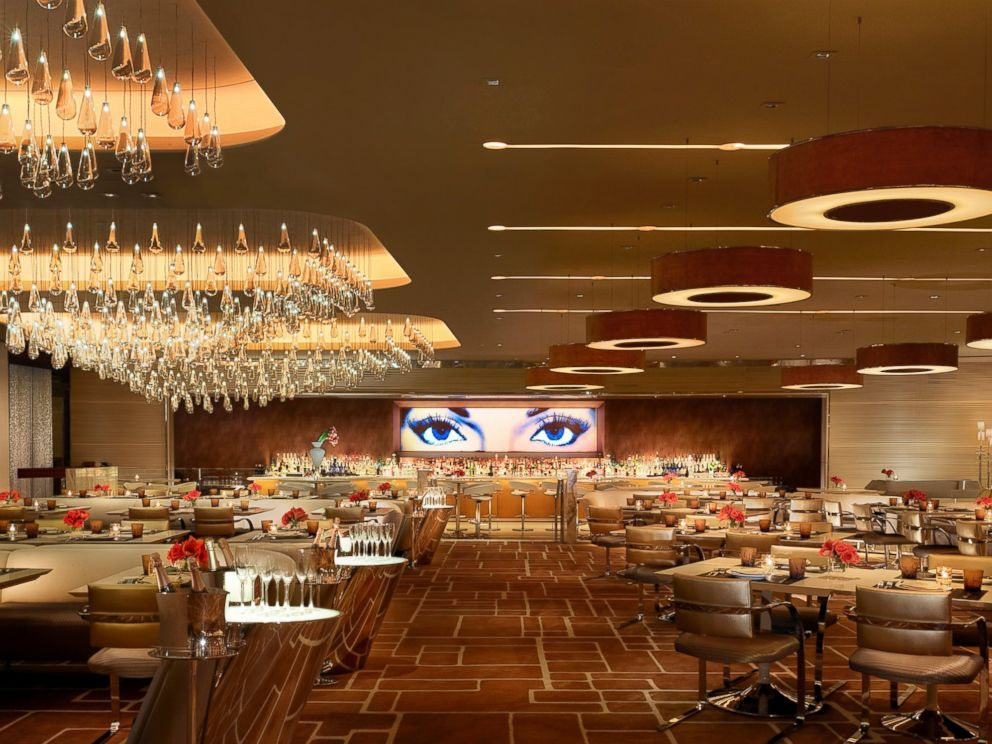 PHOTO: This Is The Private Dining Room Where You Can Eat An Extravagant  $30,000 Valentines