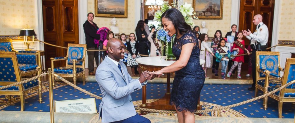 PHOTO: Orlando Morel dropped down to one knee in the White Houses blue room to propose to Shameeka Edwards.