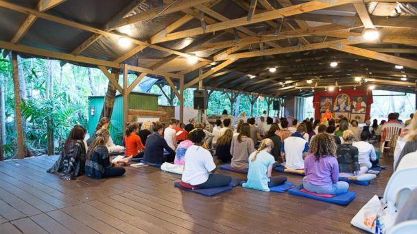 PHOTO: Sivananda Ashram Yoga Retreat, Bahamas