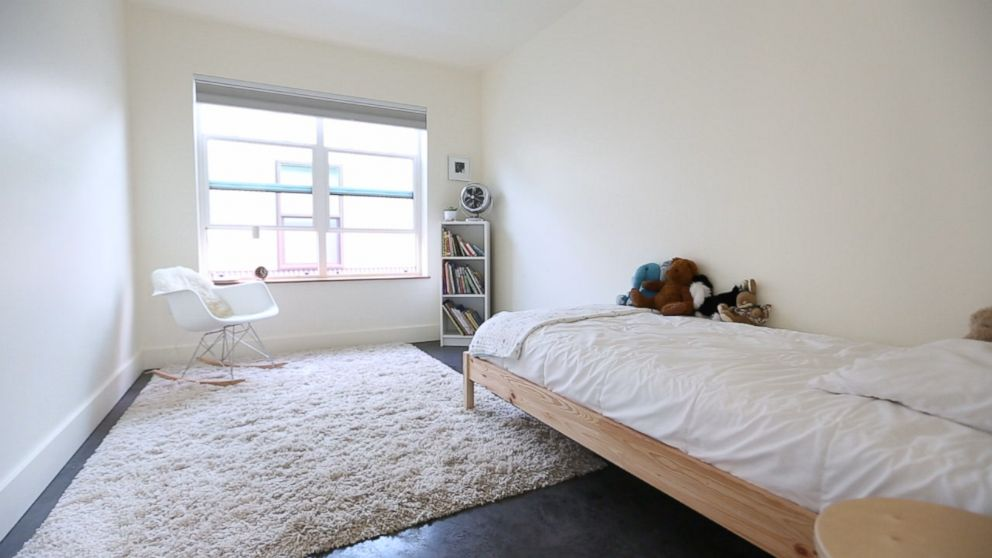 Joshua Fields Millburn S Minimalist Bedroom For His Daughter In Missoula Mont Is Pictured