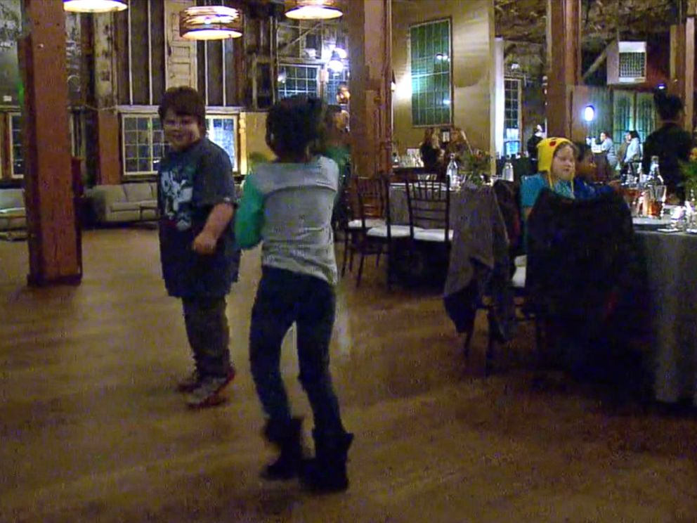 PHOTO: After Dana Olsen canceled her wedding, she changed her reception into a party for homeless kids and their families in downtown Seattle on Jan. 16, 2016.