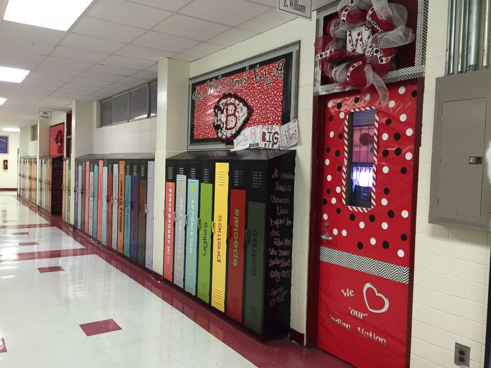 Mississippi Schools Literary Lockers Give Cool Factor to Reading