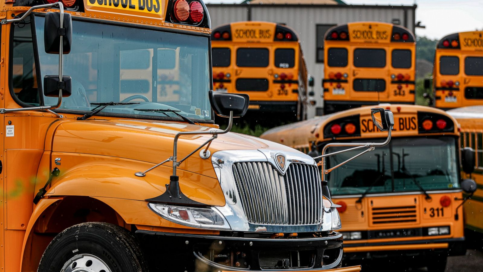 Districts Go Round And Round On School Bus Reopening Plans Abc News