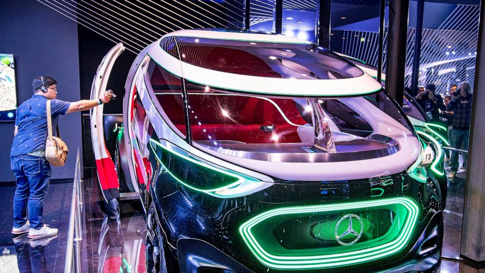 Climate change, trade issues improve Frankfurt automobile show thumbnail