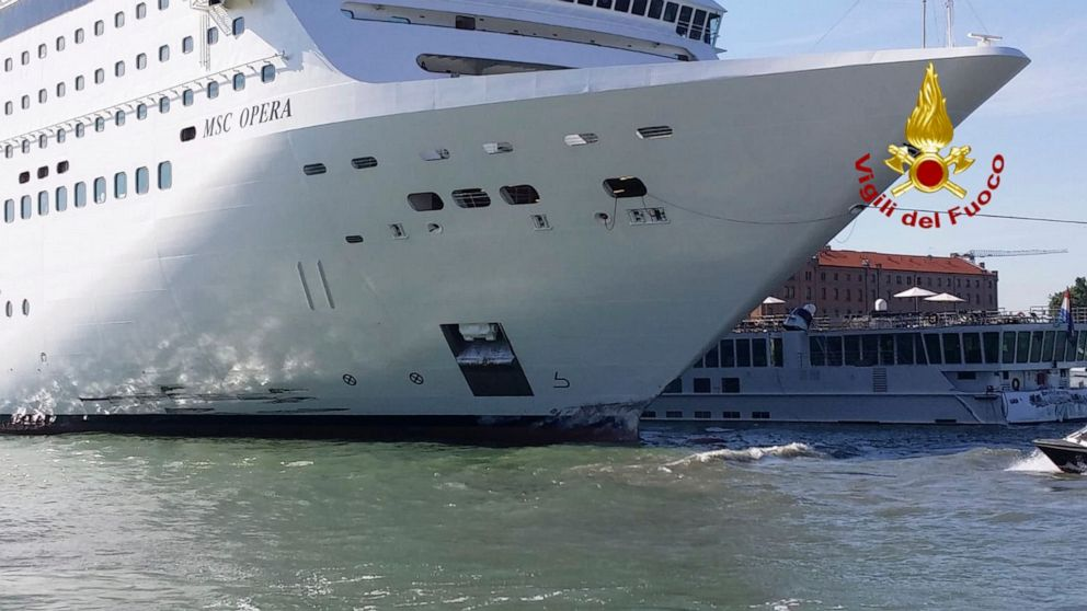 Cruise ship slams into tourist boat, dock in Venice