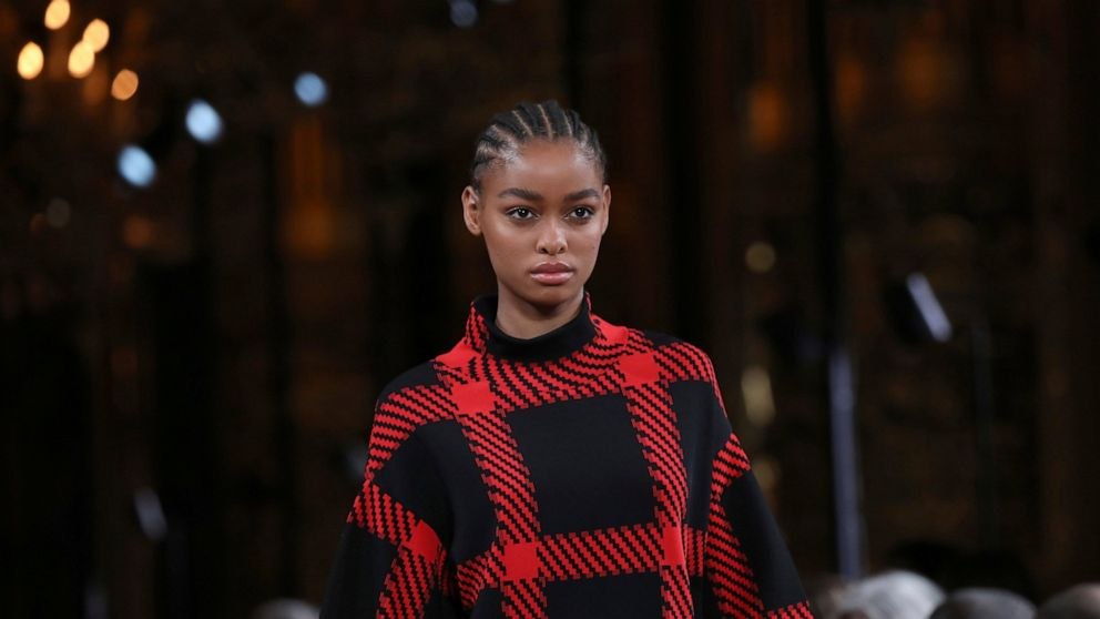 Ecology And Kinetic Styles Grace Paris Fashion Week Shows Abc News