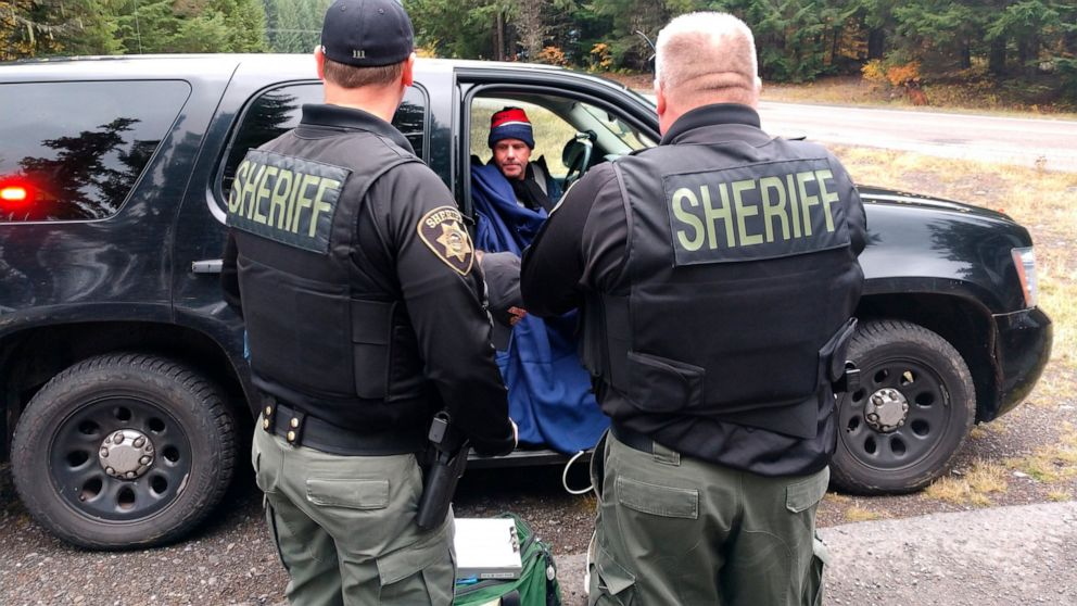 Lost Pacific Crest Trail hiker rescued in snowstorm