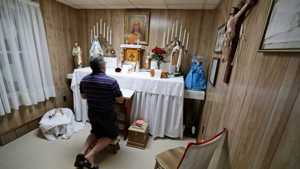 'Miracle house' in Ohio draws pilgrims amid sainthood push