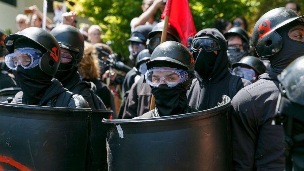 Portland, Oregon, braces for far-right rally, counterprotest thumbnail