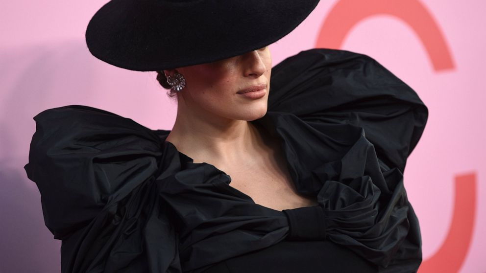 Brandon Maxwell Rick Owens Take Top Cfda Fashion Awards Abc News