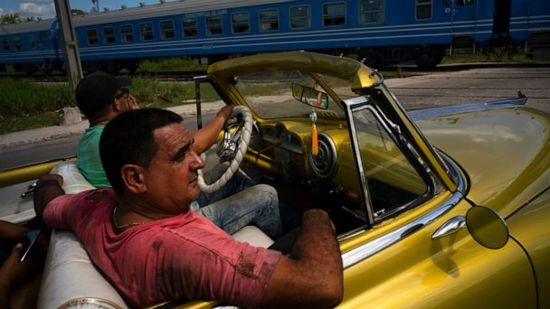 Cuba debuts modern Chinese train as rail overhaul begins