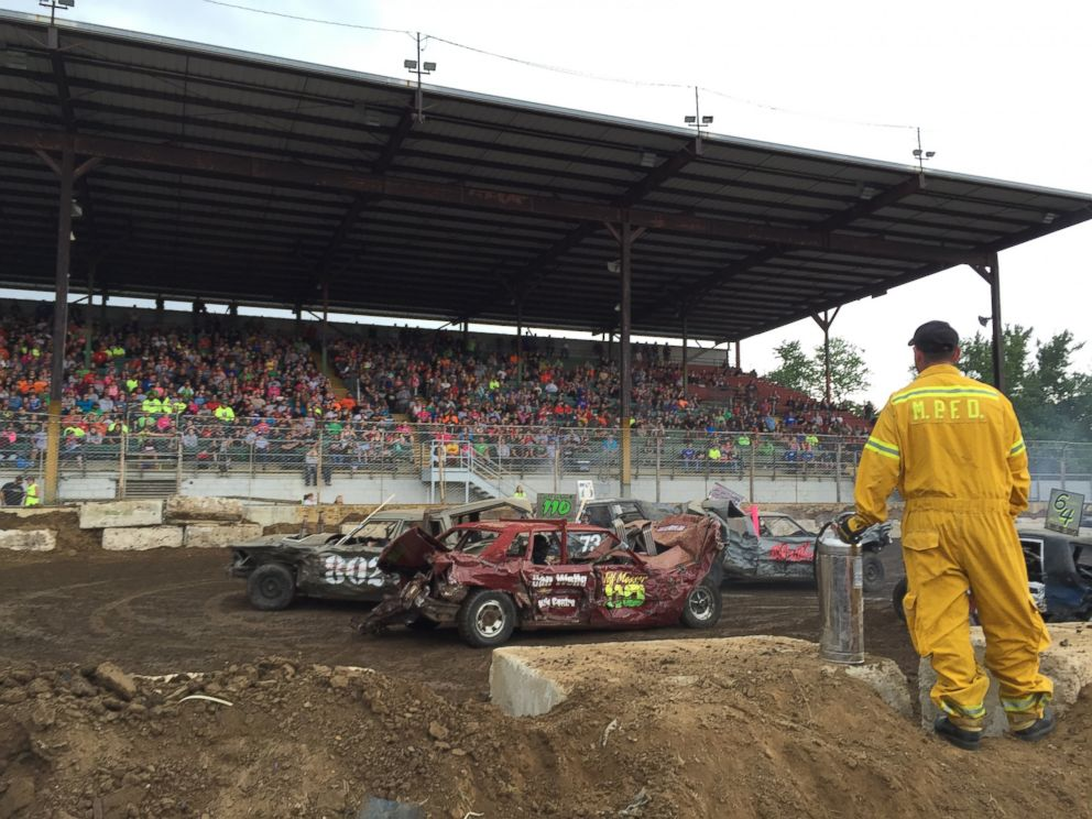 Metal Mayhem 2015 is a national demolition derby contest in Pecatonica, Illinois, where drivers battle for the chance to win $20,000 in prize money.