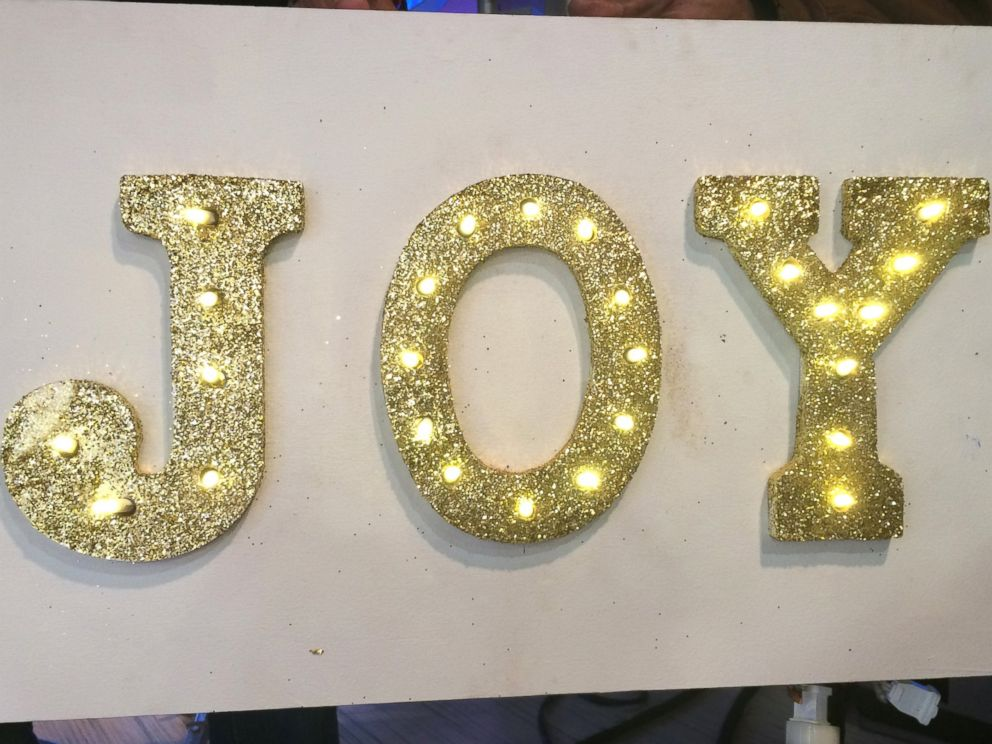 PHOTO: Learn how to make this DIY marquee sign.