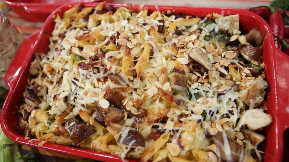 Emeril lagasses cheesy turkey and vegetable casserole cheesy turkey and vegetable casserole recipe emeril lagasse recipe abc news forumfinder Gallery
