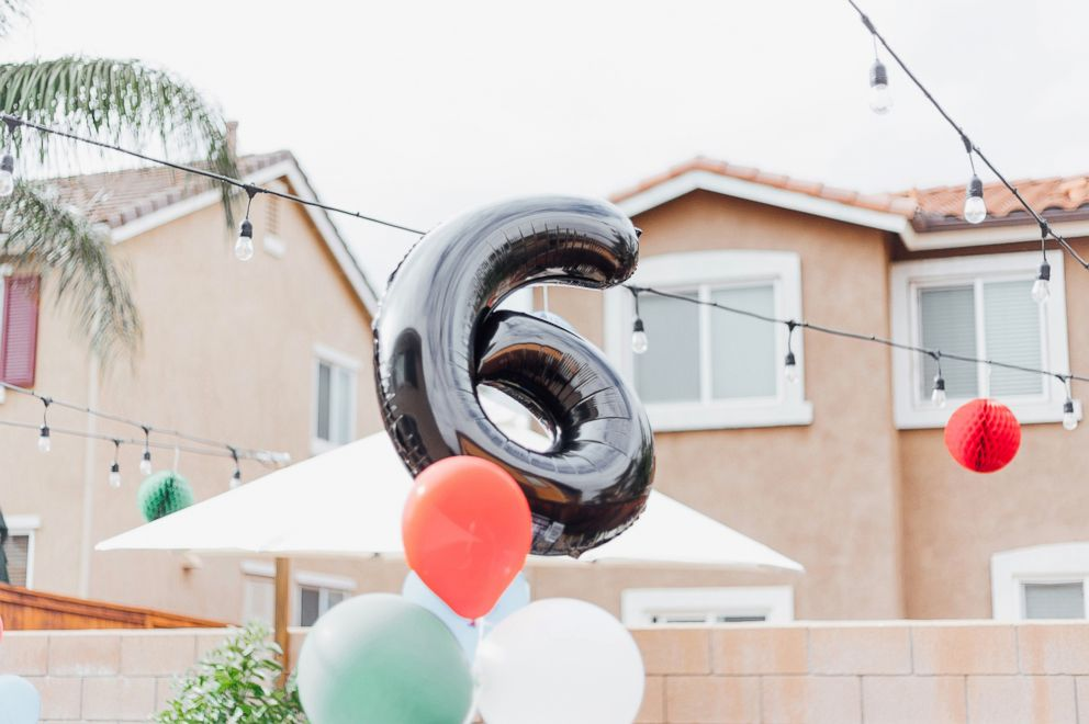 PHOTO: Simple decorations and balloons were set up for Allie Casazzas sons sixth birthday.