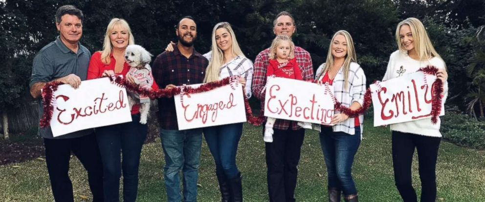 Family celebrates single daughter in hilarious christmas card abc news photo the seawright family from whittier california celebrated their single daughter in their m4hsunfo