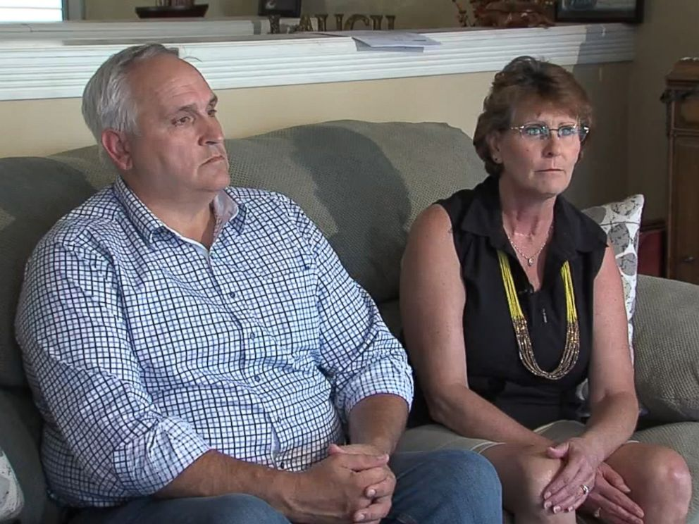 PHOTO: Seen during an interview with ABC affiliate WRTV in Indianapolis, Elaine and Dan Smith, parents of Michaela Smith, who unexpectedly gave birth in Cancun, Mexico during a vacation.